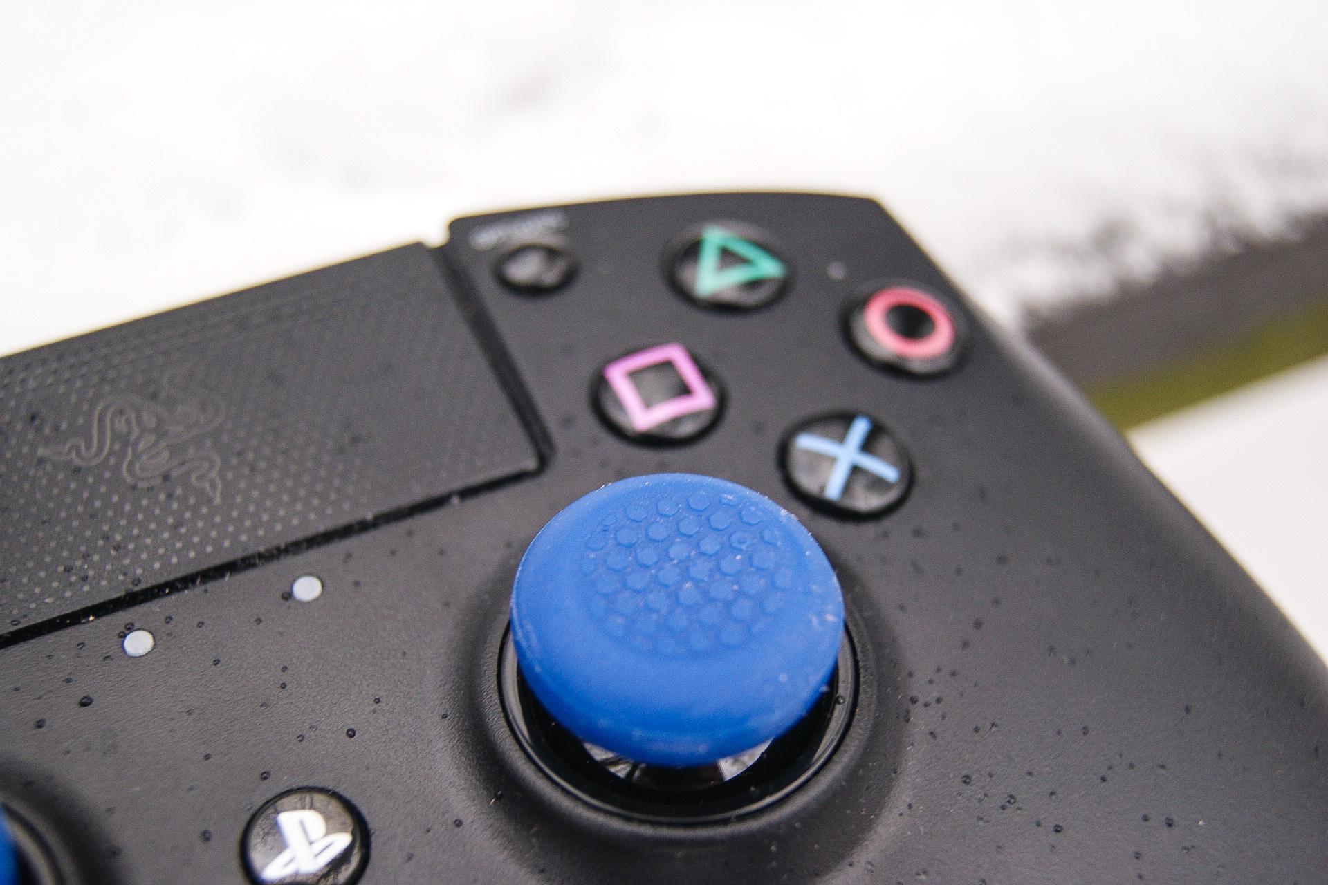 Najdroższy, najbardziej spektakularny kontroler dla PlayStation 4. Razer Raiju – recenzja
