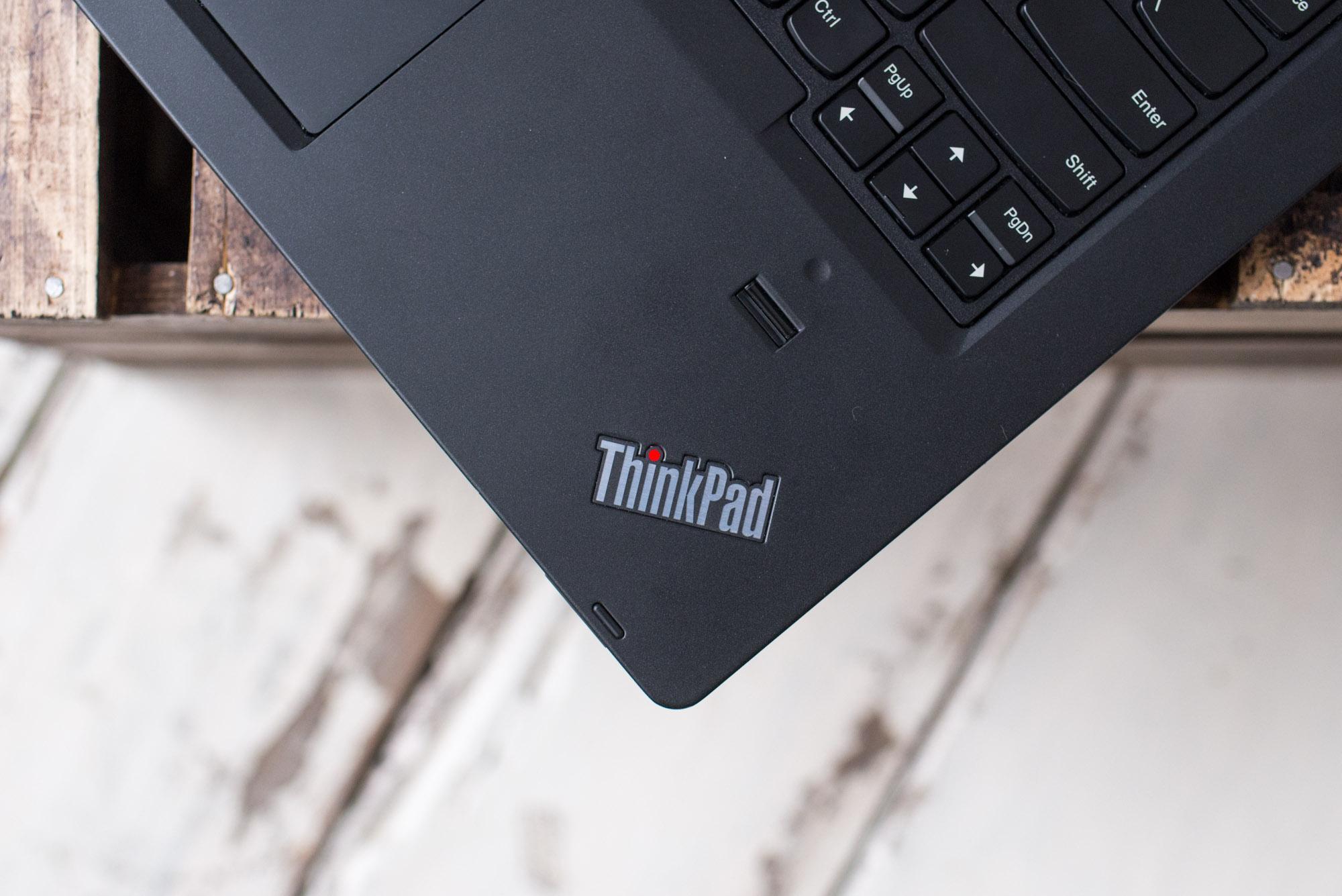 Thinkpad-P40-yoga--1