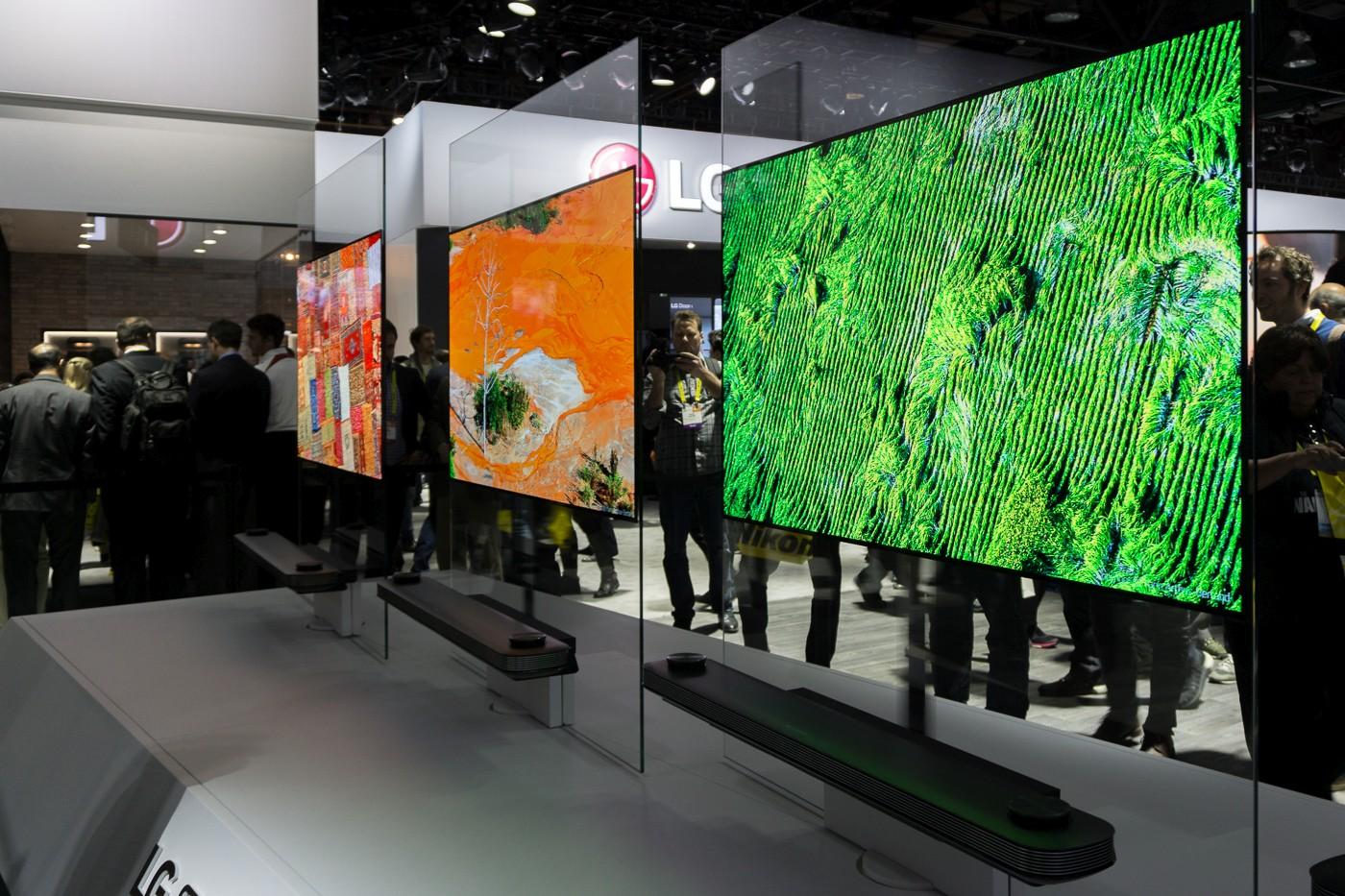 LG na CES 2017 - Signature W7