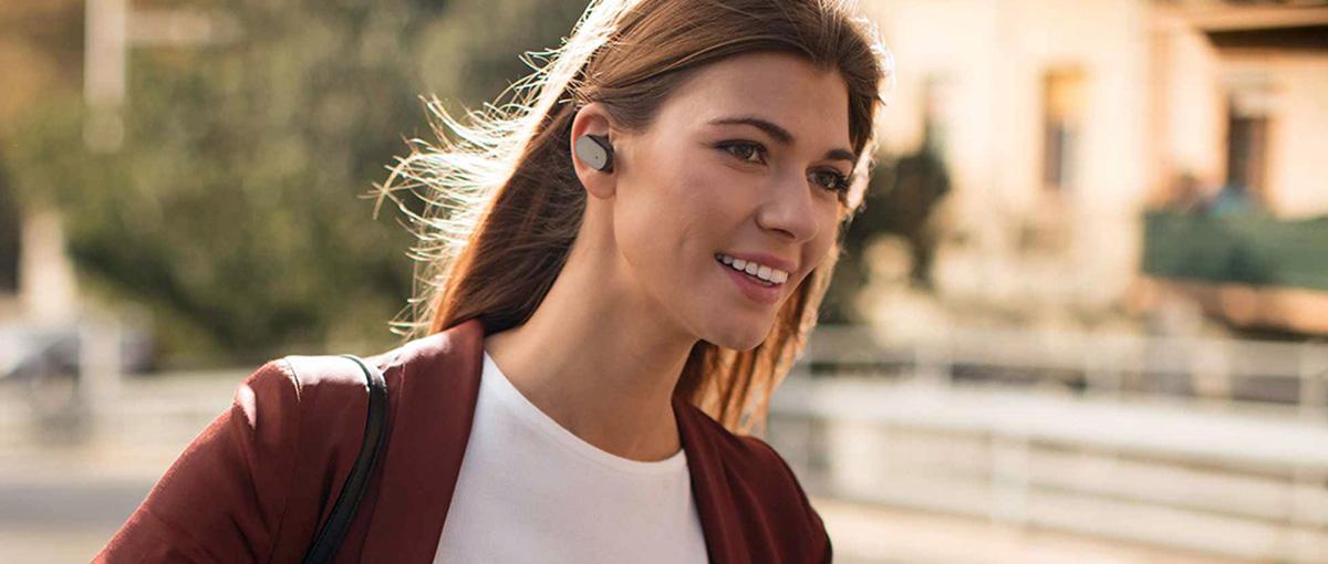 Odwaga czy szaleństwo? Sony rusza ze sprzedażą Xperii Ear w Polsce