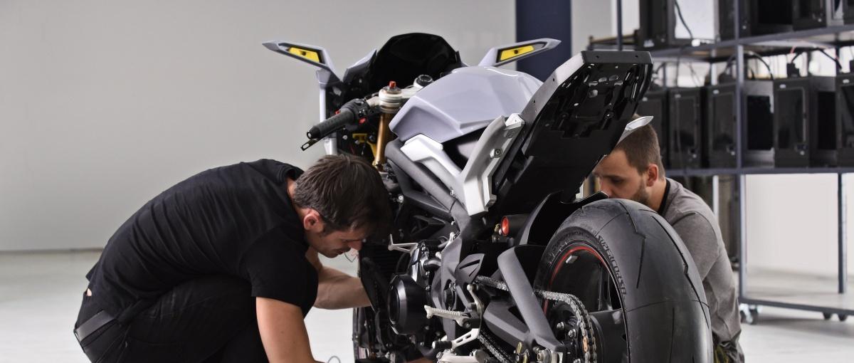 Motoryzację czeka największa rewolucja od czasów Forda T. Pierwszy krok wykonano w Polsce