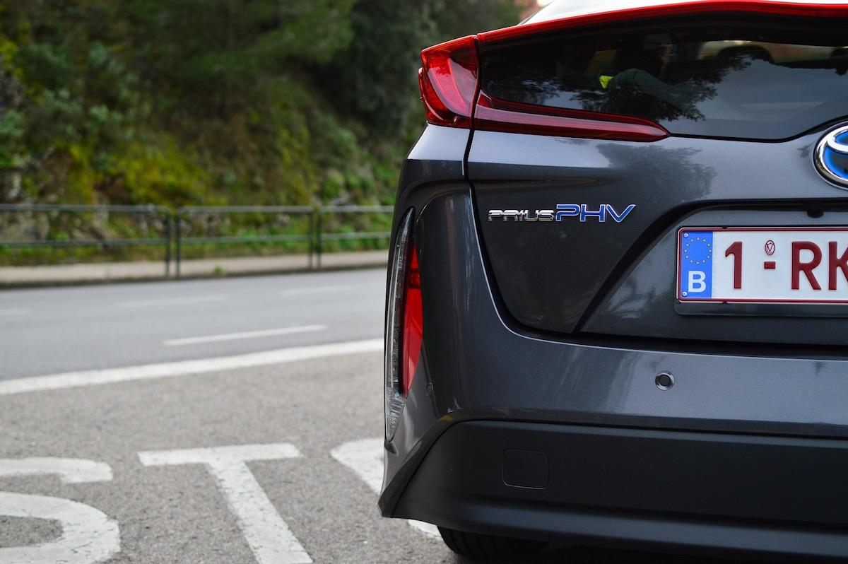 Toyota-prius-plug-in-hybrid-14