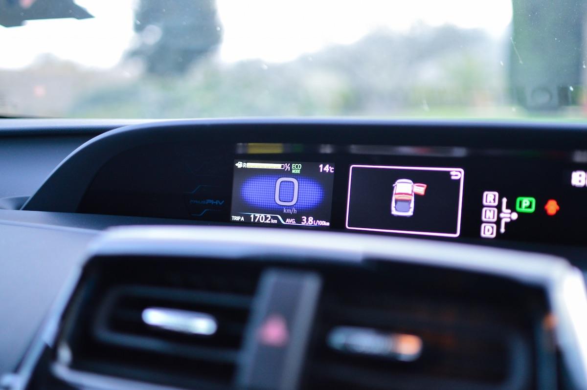 Toyota-prius-plug-in-hybrid-27