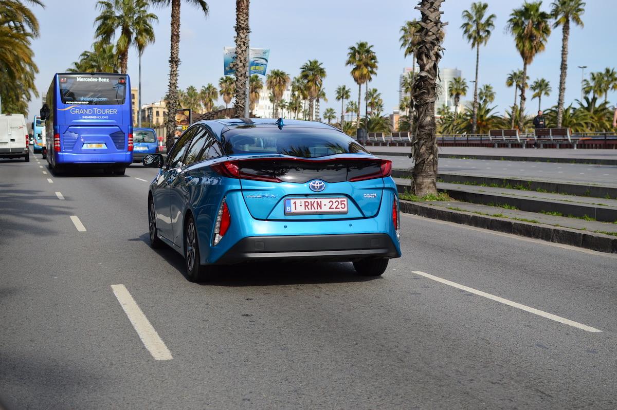 Toyota-prius-plug-in-hybrid-4