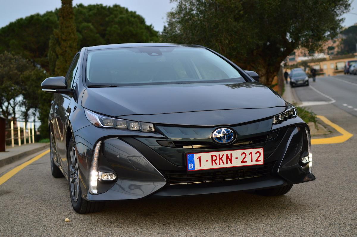Toyota-prius-plug-in-hybrid-8