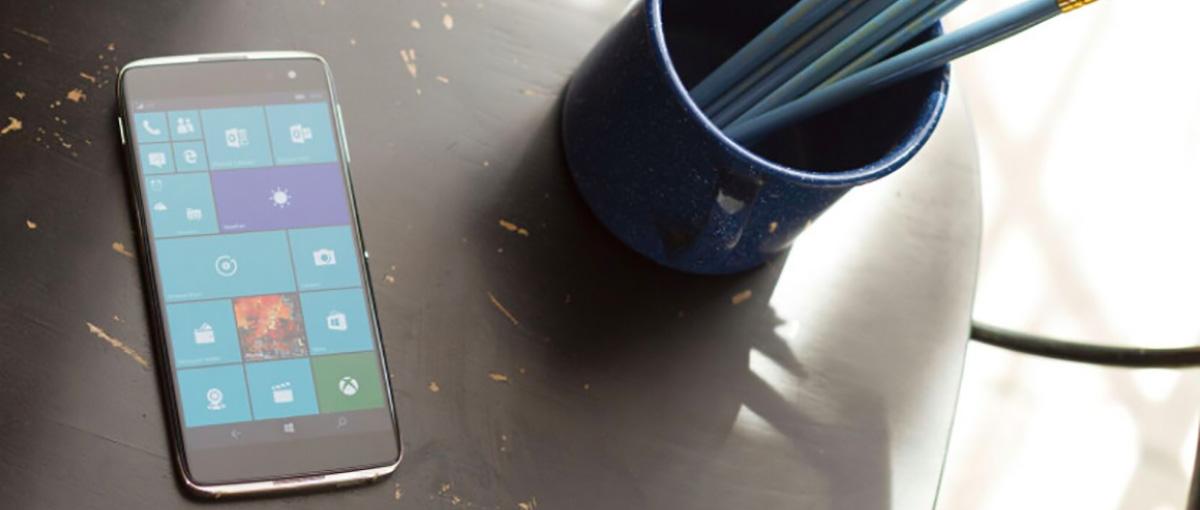 Alcatel Idol 4 Pro trafi do Polski. Czy to ostatni konsumencki telefon z Windows 10 w historii?