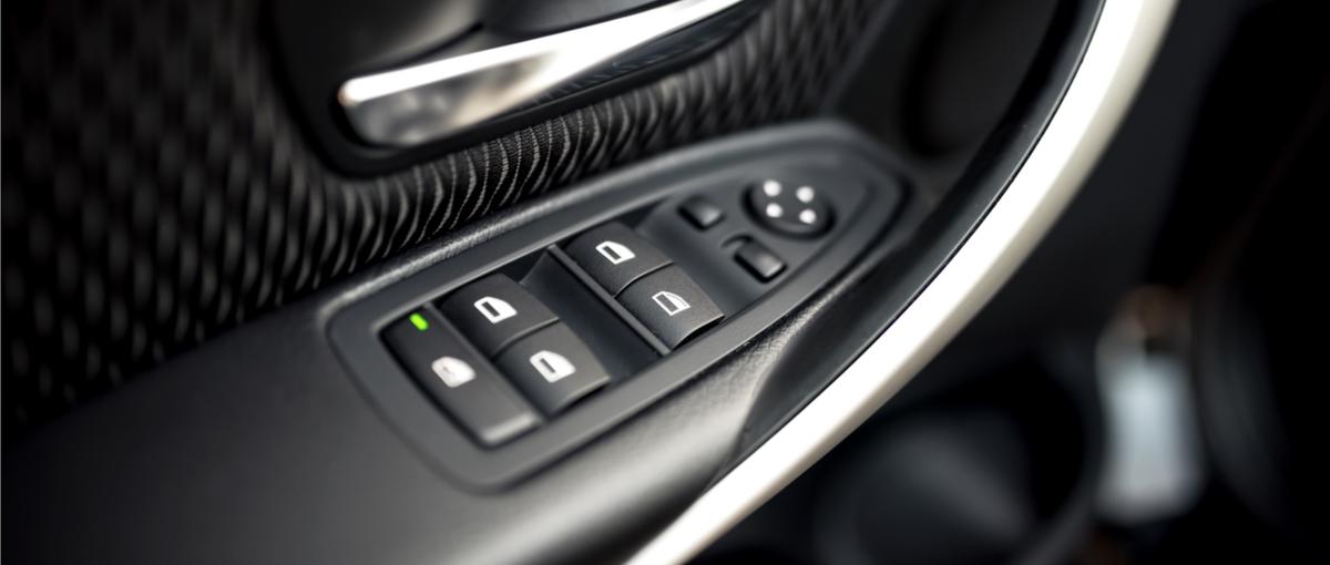 Trzy słowa: dotykowe okno samochodowe. Trochę fajny pomysł… a trochę nie