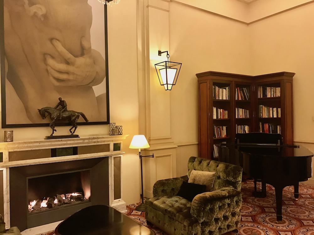 Hotel Scribe, 10