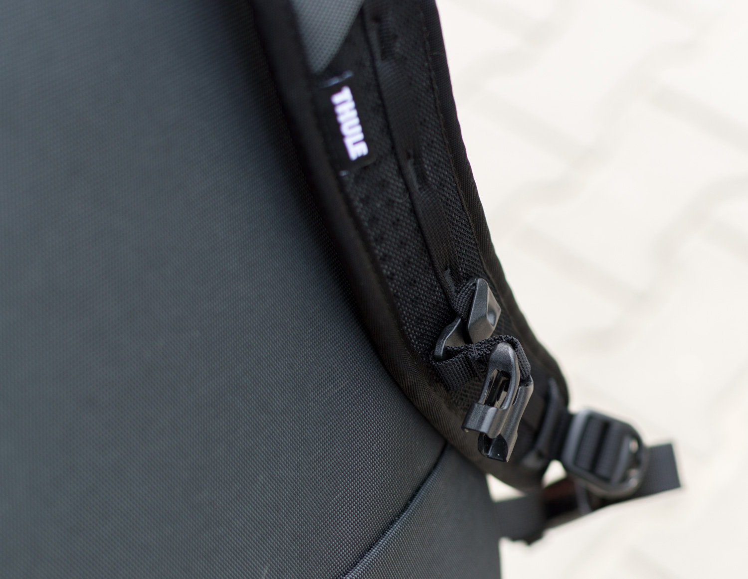 Thule-Subterra-Carry-On-40L-22
