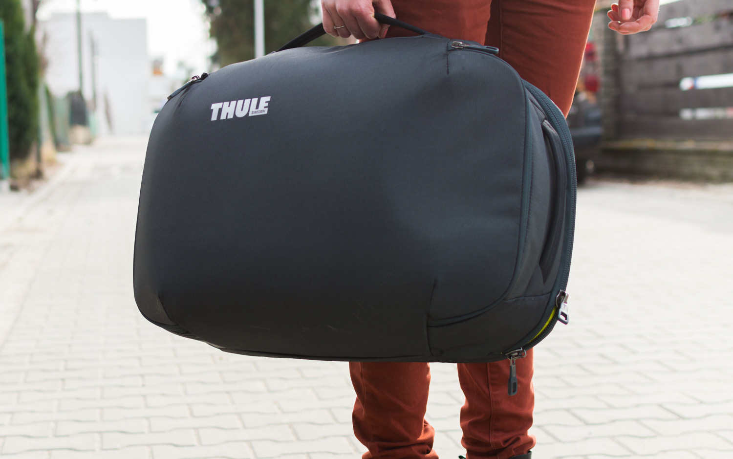 Thule-Subterra-Carry-On-40L-3