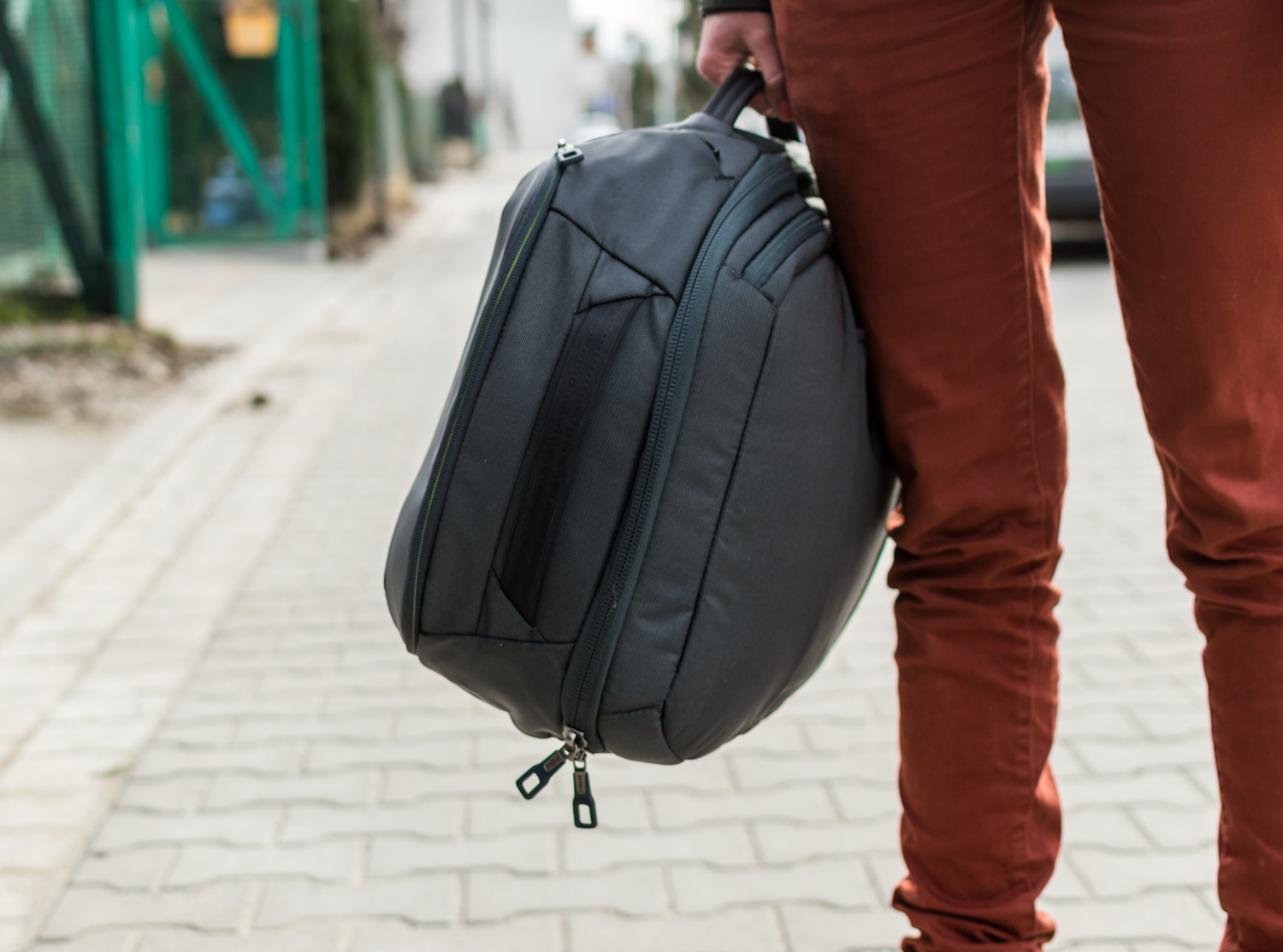 Thule-Subterra-Carry-On-40L-4