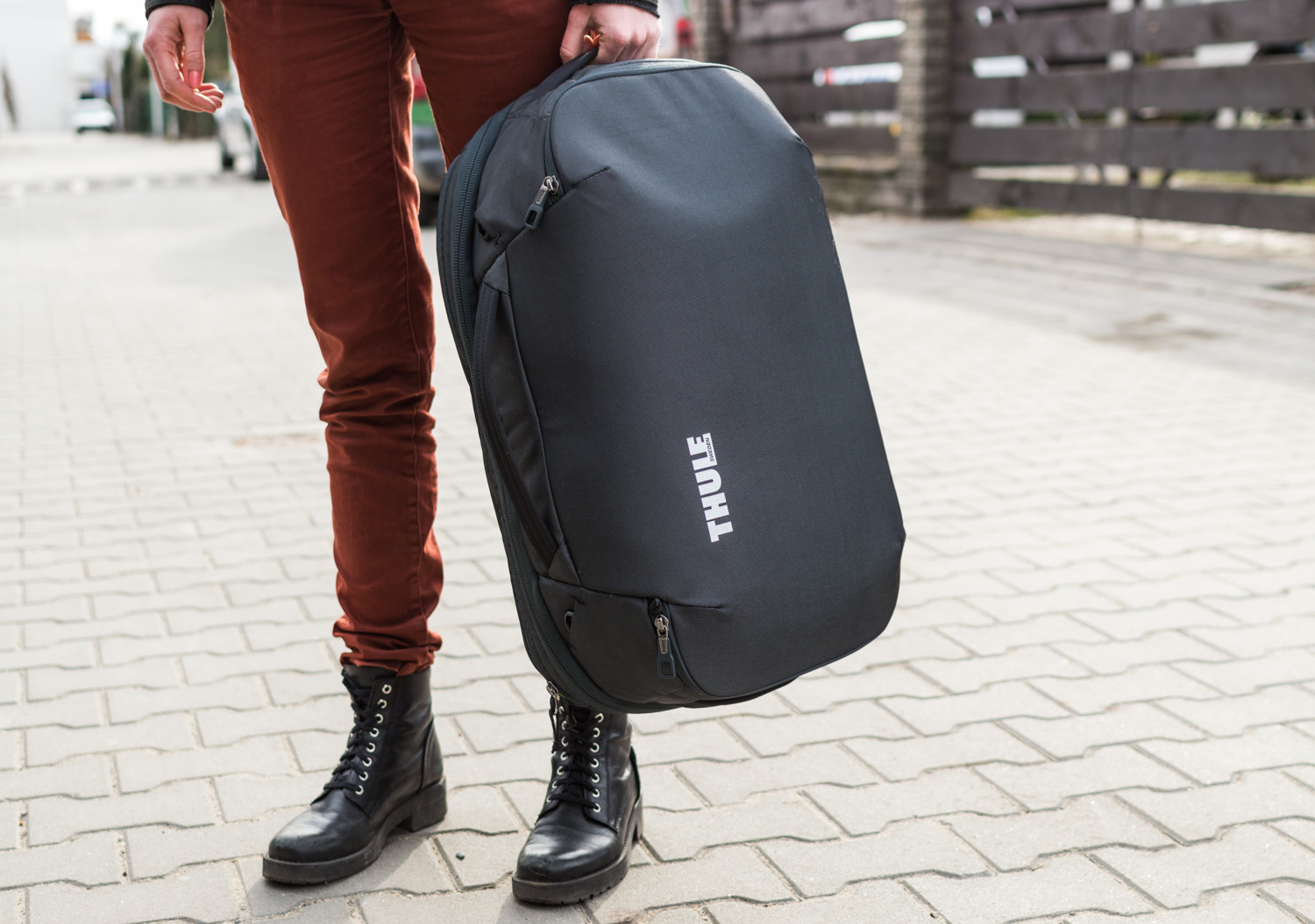 Thule-Subterra-Carry-On-40L-5