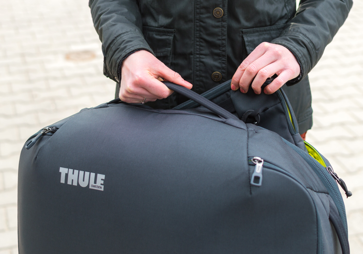 Thule-Subterra-Carry-On-40L-7
