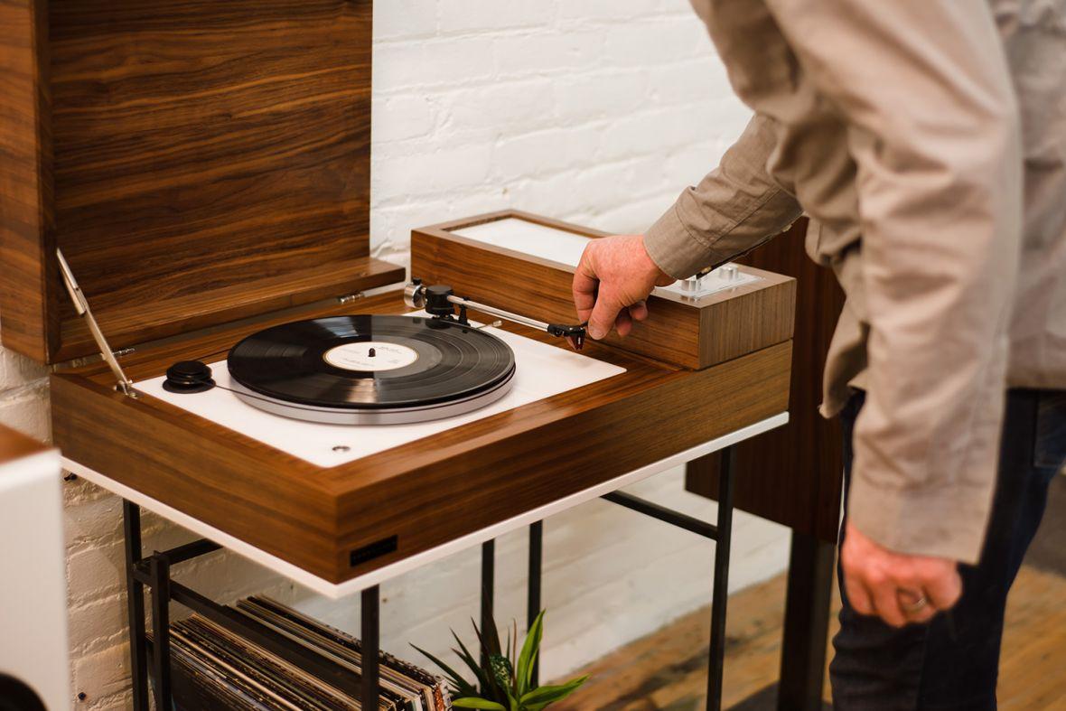 Ten gramofon współpracuje z Sonosem i… już na niego zbieram