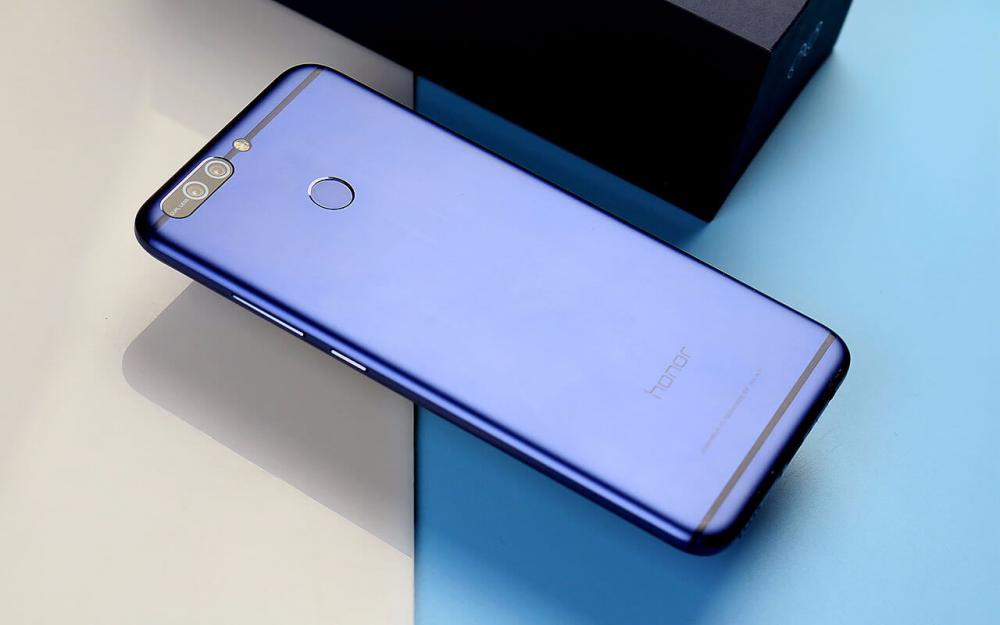 Honor 8 Pro to dobrze wyceniony smartfon z najwyższej półki.