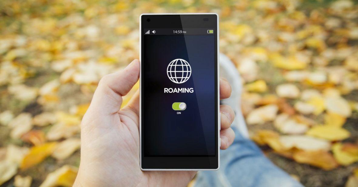 Play zmienia zasady w trakcie gry. Operator znów obniża prędkość internetu w roamingu krajowym