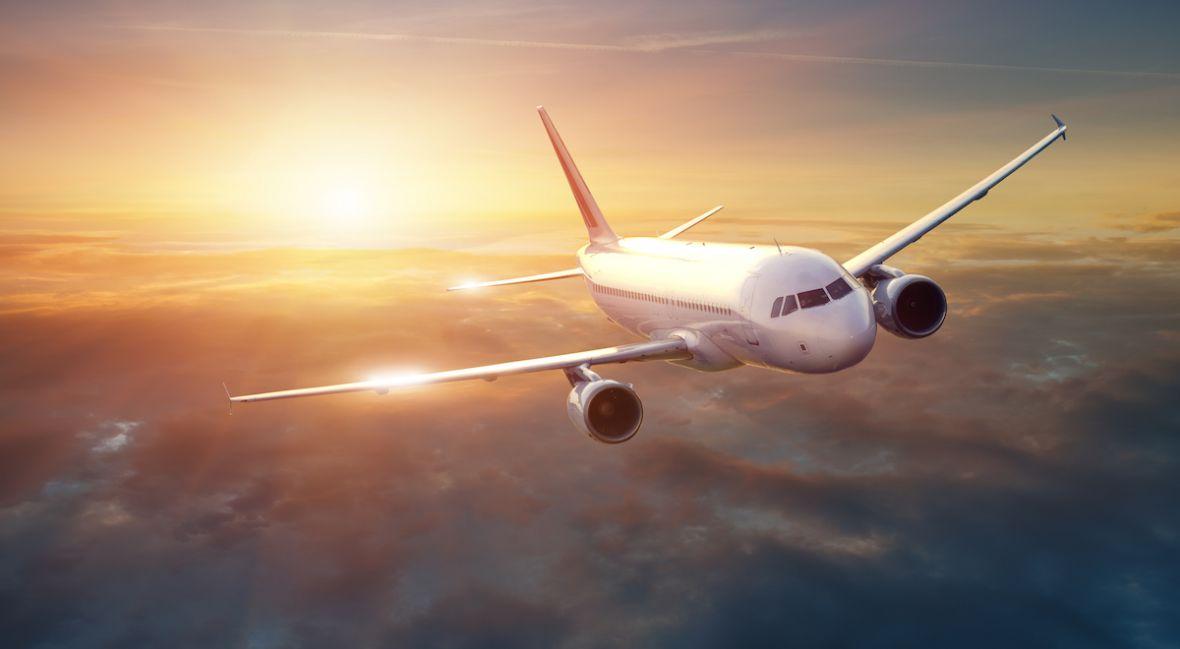 Zakaz wnoszenia elektroniki do samolotów – to byłby dramat. Wprowadzenie zakazu zostało wstrzymane