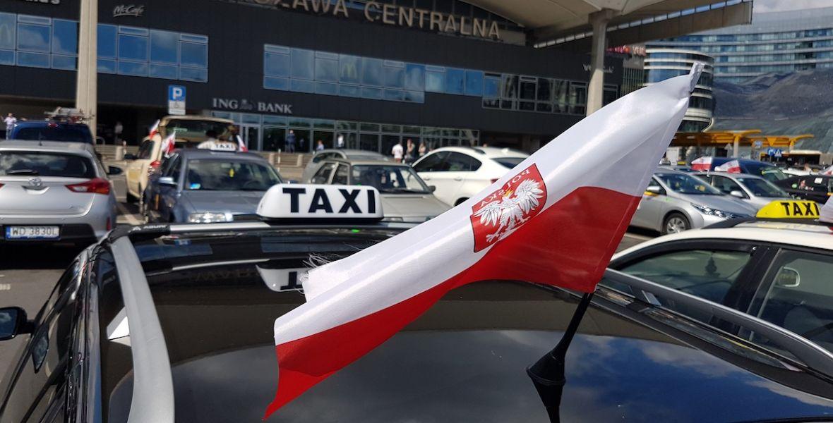 Strajk taksówkarzy to strzał w stopę. Konkurencja dobrze wykorzystała dzisiejszą szansę – relacja Spider's Web