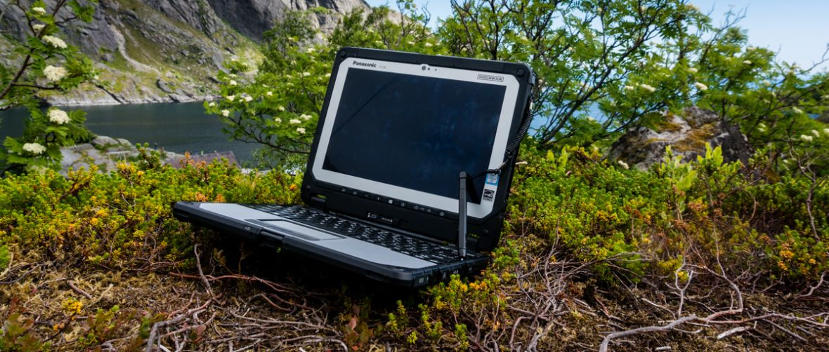 Pancerny Panasonic Toughbook CF-20 – idealny w podróż z plecakiem i do pracy w trudnych warunkach