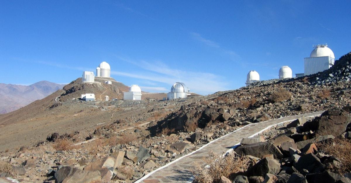 Teleskopy na pustyni Atakama w Chile