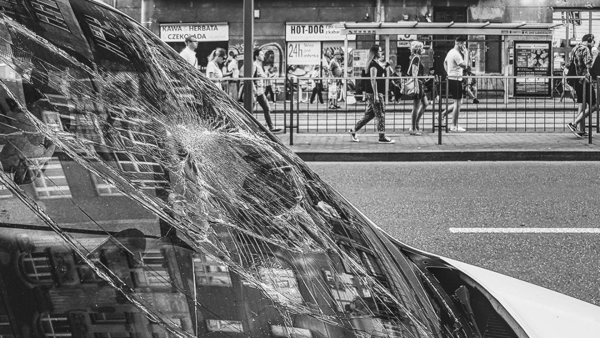 Zniecz-ulica – złapane smartfonem #121