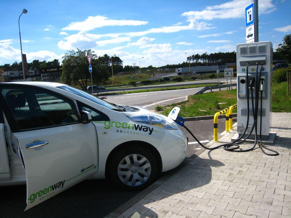 stacje ladowania samochodow elektrycznych Greenway