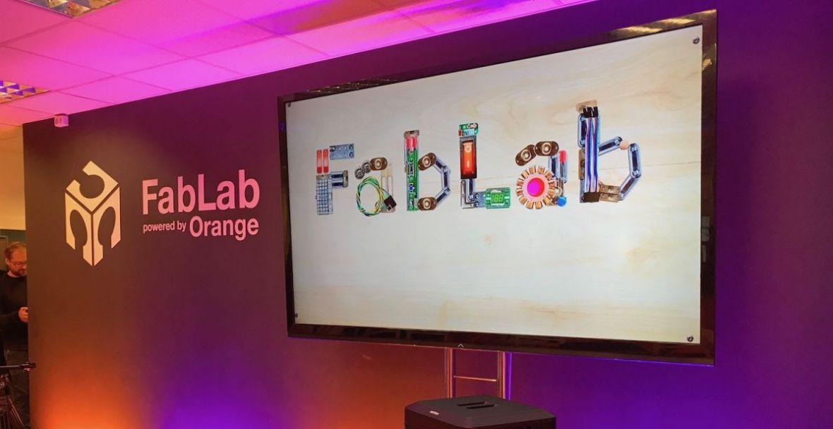 Odwiedziliśmy pracownię FabLab powered by Orange. Cyfrowe projekty nabierają tu prawdziwych kształtów