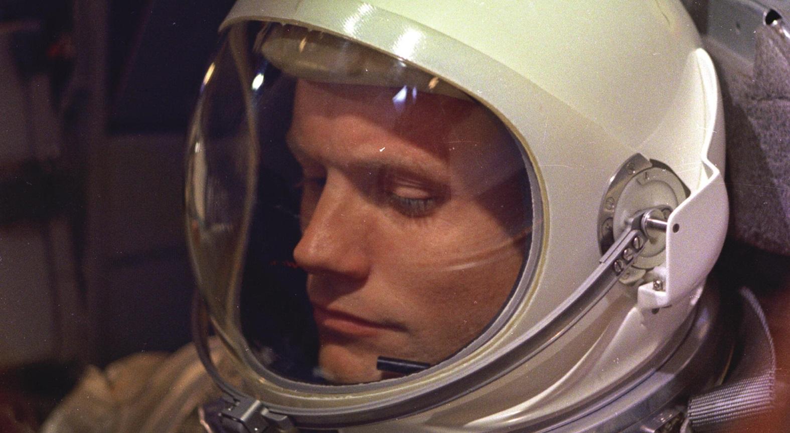"""Ryan Gosling zagra Neila Armstronga w filmie """"First Man"""""""