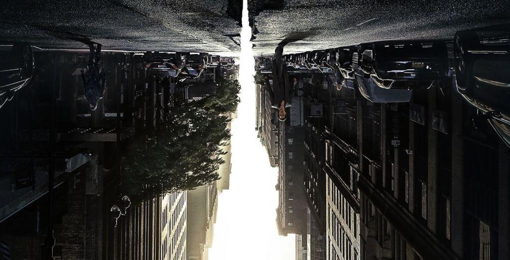 Plakat filmu Mroczna Wieża na podstawie książki Stephena Kinga