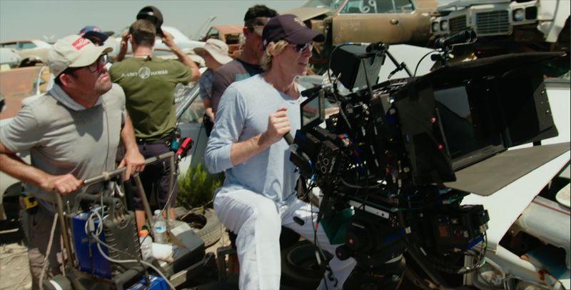 """Michael Bay dierży w rękach kamerę IMAX-a na planie """"Transformers: Ostatni Rycerz"""""""