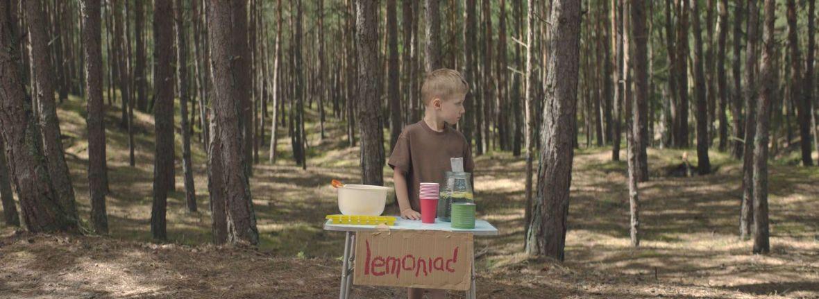 Lemoniada – nowa reklama od Allegro. Tym razem nie wyciska łez