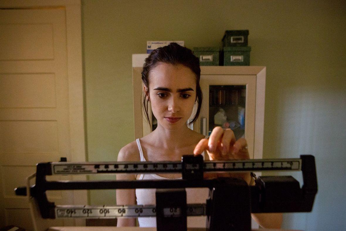 Aż do kości: film, który wzrusza, uwiera i przeraża – recenzja Spider's Web