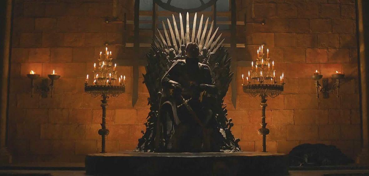 Goździk odkryła wielką tajemnicę. Daenerys może stracić pierwszeństwo do dziedziczenia tronu