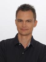 dr Adam Wolniewicz
