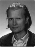 lek. med. Łukasz Bartkowiak
