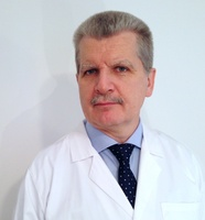 lekarz Marek Tąkiel