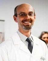dr n. med. Arkadiusz Krakowiecki
