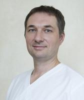 lek. dent. Wojciech Radwański