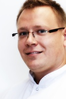 lek. dent. Paweł Fijałkowski