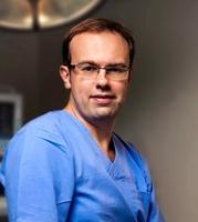 dr Tomasz Dębski