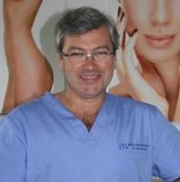 lekarz Artur Broma