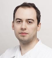 lekarz Krystian Rozmus