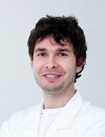 lekarz Piotr Góralski