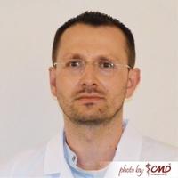 dr n. med. Maciej Luterek