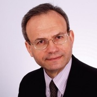 dr n. med. Marek Kośmicki