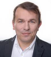 dr Paweł Fudalej