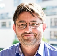 dr Paweł Kaczmarek