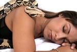 Fot. do artykułu: 'Masaż wężami'