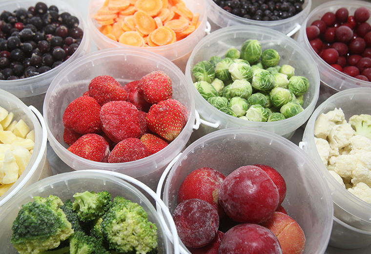 Jak mrozić sezonowe warzywa i owoce?