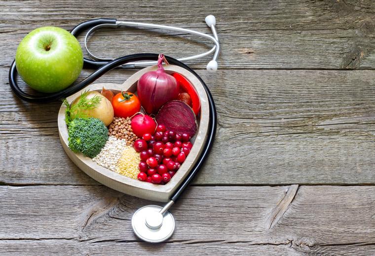 Jak zadbać o zdrowie poprzez prawidłowe odżywianie?